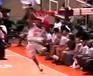 סל מדהים בכדורסל