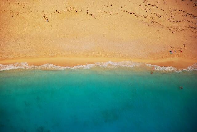 ים מלמעלה