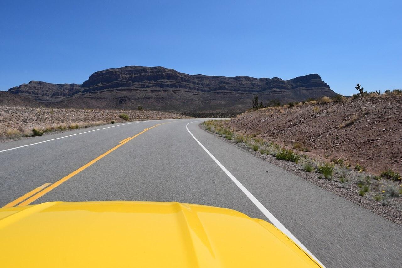 מכונית במדבר