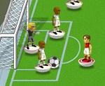 משחק כדורגל דיסקיות חדש לא בפלאש , פשוט בחרו את הקבוצה שתרצו ותתחילו לשחק , השחקנים נמצאים על דיסקיות עיגולים ואתם צריכים למתוח ולשחרר את הדיסקית כדי לבעוט בכדור