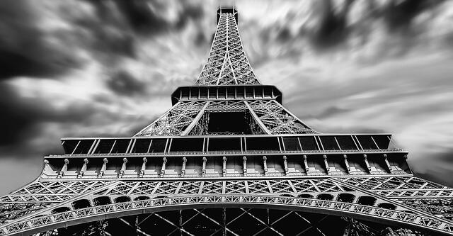 תמונה יפה בשחור לבן