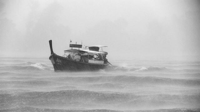 גשם בים