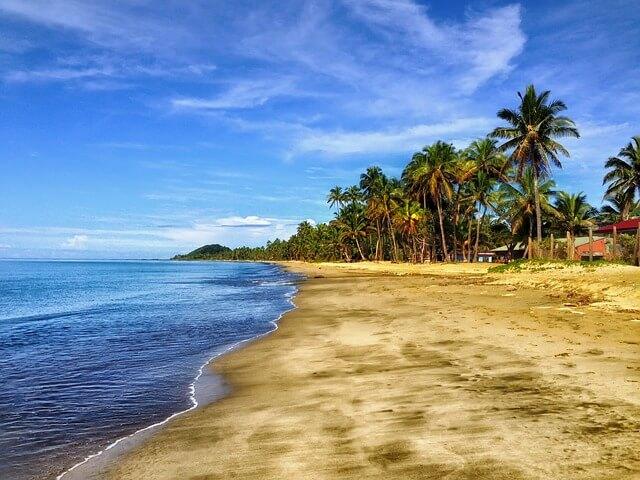 חוף ים יפה